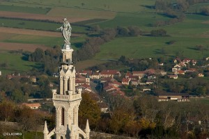 colline-sion-lorraine-statue-vierge-marie-tour