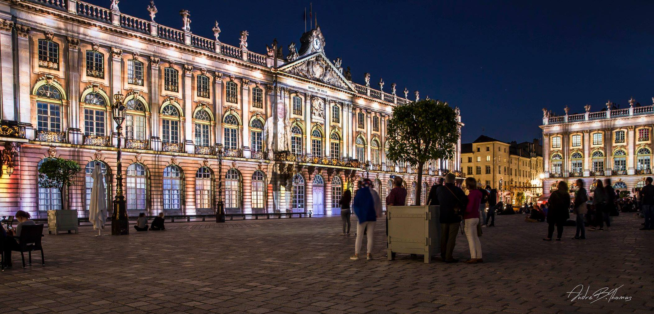 spectacle-son-et-lumieres-nancy-place-stanislas