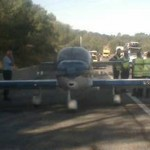 Un avion de tourisme se pose d'urgence sur l'autoroute
