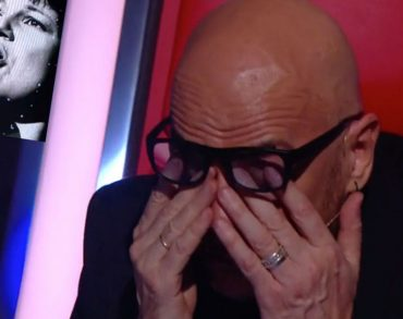 Pascal Obispo fond en larmes lors de l'hommage émouvant à Maurane dans «The Voice»