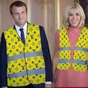 gilet-jaune-louis-vuitton