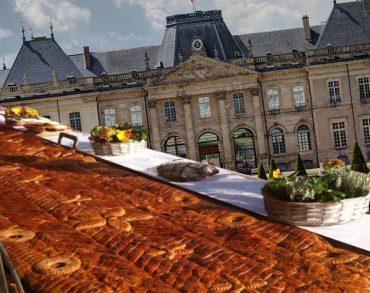 54 mètres de pâté Lorrain et de quiche au Château de Lunéville le 18 et 19 mai