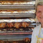Après 30 ans à vendre du poulet rôti sur les marchés lorrains, elle prend sa retraite