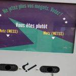 """Ils installent des poubelles à mégots """"Mess"""" ou """"MeTss""""  pour lutter contre la pollution"""