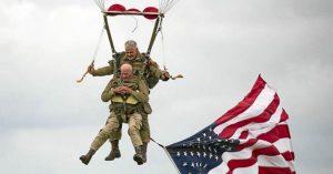tom-rice-veteran-americain-97-ans-saut-parachute-comme-en-1944