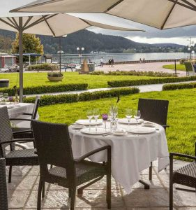 cotelac-restaurant-gerardmer-esplanade-lac