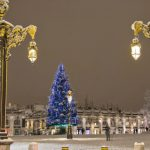 Nancy : Le sapin de Noël arrive Place Stan