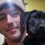 Malentendant, il adopte un chien sourd et lui apprend la langue des signes