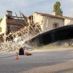 Lunéville : Un camion vient de s'encastrer dans une maison, qui s'est écroulée